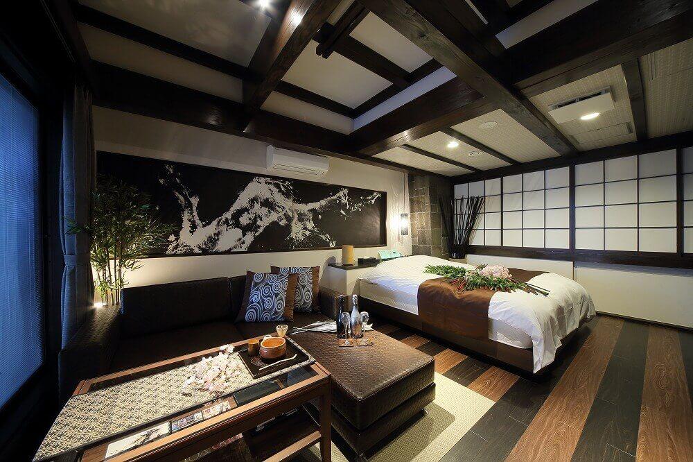 静岡インターラブホテル 艶 701号室 ベッド